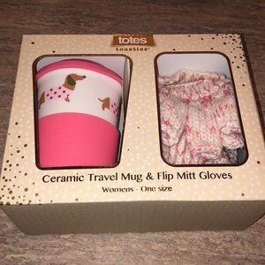 NEW Mug And Glove Set